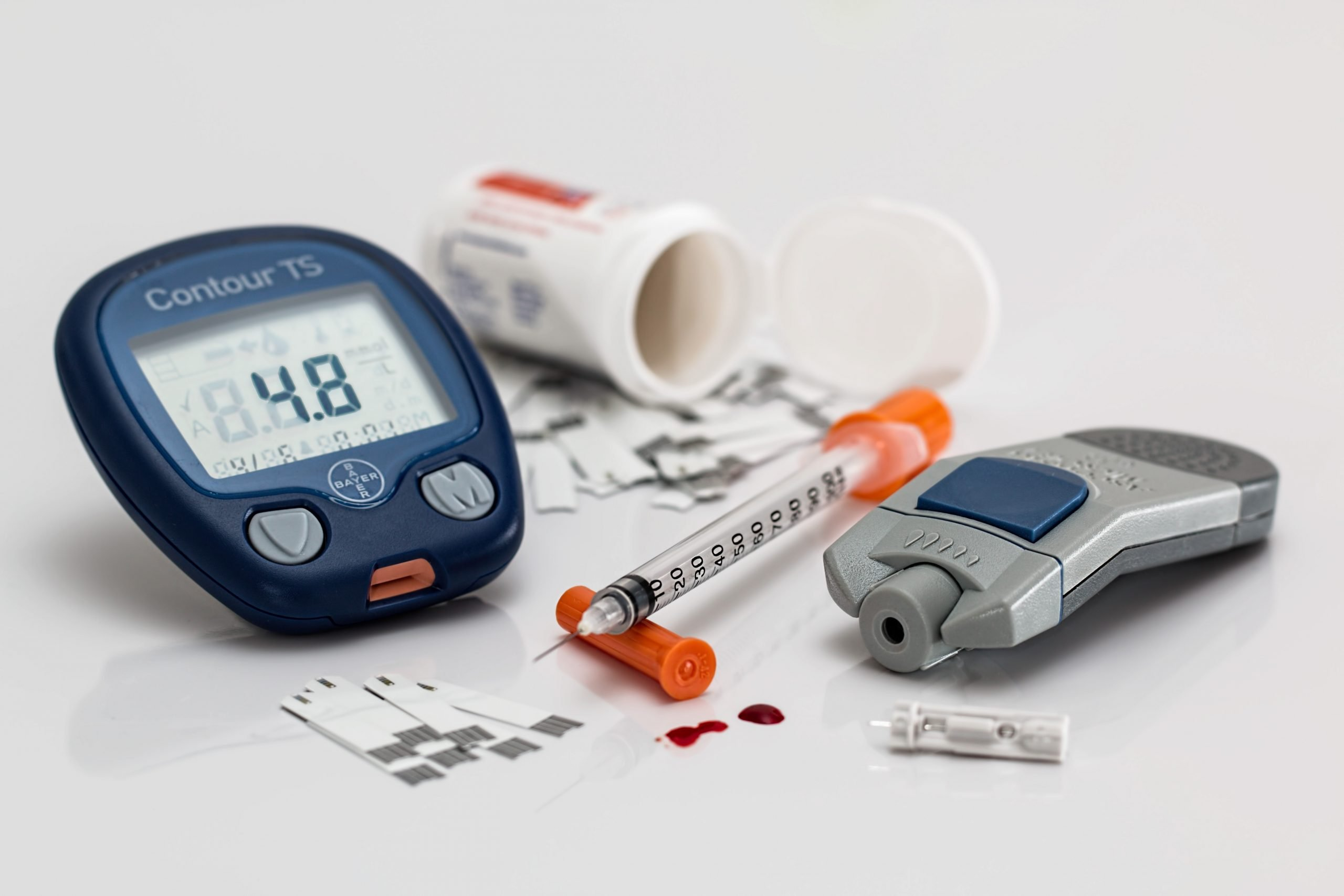this picture shows diabtes blood glucose monitors and insulin